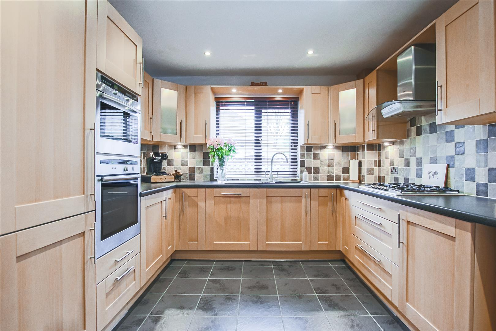 3 Bedroom Terraced Cottage For Sale - Image 13